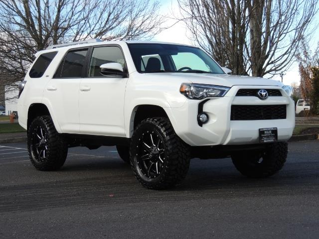 2015 toyota 4runner sr5 4wd v6 lifted. Black Bedroom Furniture Sets. Home Design Ideas