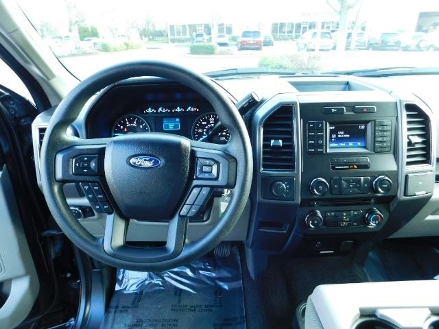 2017 Ford F-150 XLT Crew Cab 4x4 / 8CYL 5.0 / Full Warranty LIFTED - Photo 18 - Portland, OR 97217