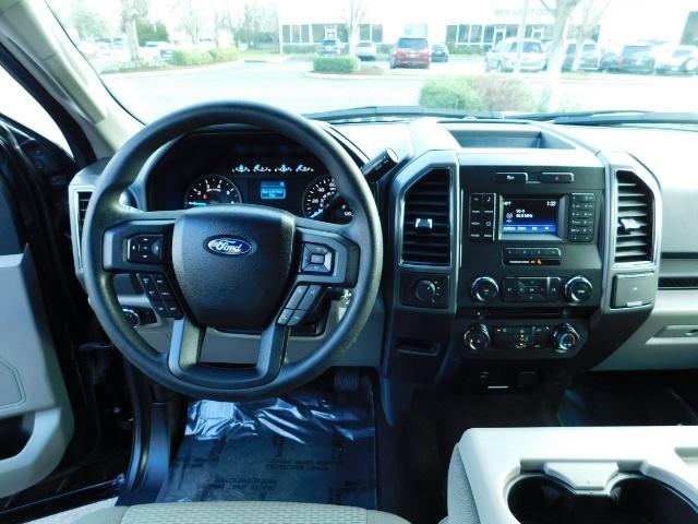 2017 Ford F-150 XLT Crew Cab 4x4 / 8CYL 5.0 / Full Warranty LIFTED - Photo 28 - Portland, OR 97217