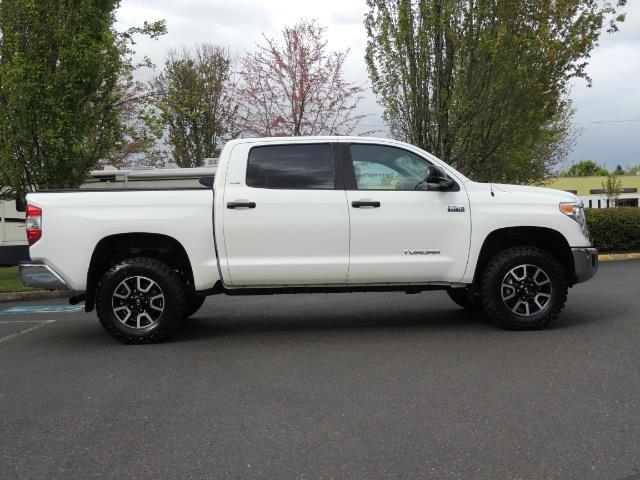2014 Toyota Tundra SR5 / CrewMax / 4X4 / 5.7L / LEATHER / 1-Owner - Photo 4 - Portland, OR 97217