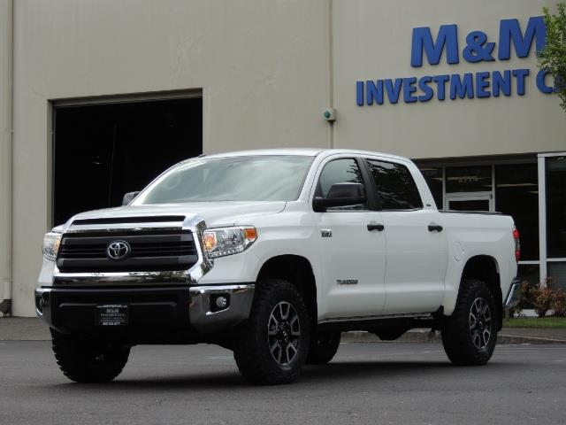 2014 Toyota Tundra SR5 / CrewMax / 4X4 / 5.7L / LEATHER / 1-Owner - Photo 46 - Portland, OR 97217