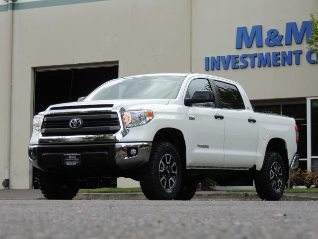 2014 Toyota Tundra SR5 / CrewMax / 4X4 / 5.7L / LEATHER / 1-Owner - Photo 48 - Portland, OR 97217