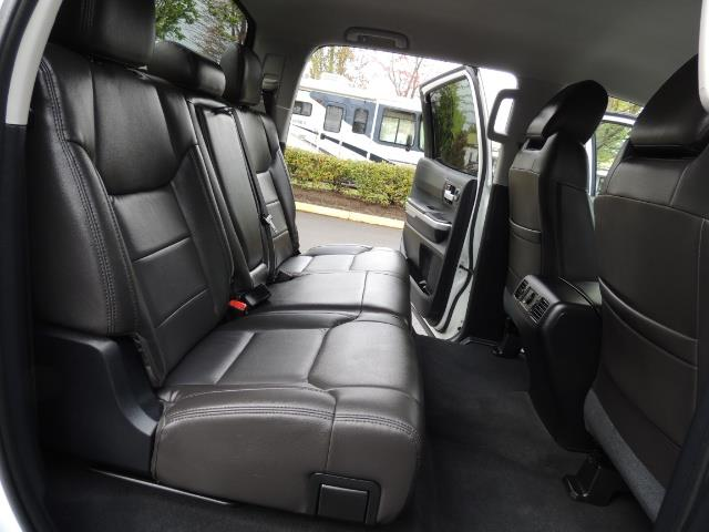 2014 Toyota Tundra SR5 / CrewMax / 4X4 / 5.7L / LEATHER / 1-Owner - Photo 16 - Portland, OR 97217