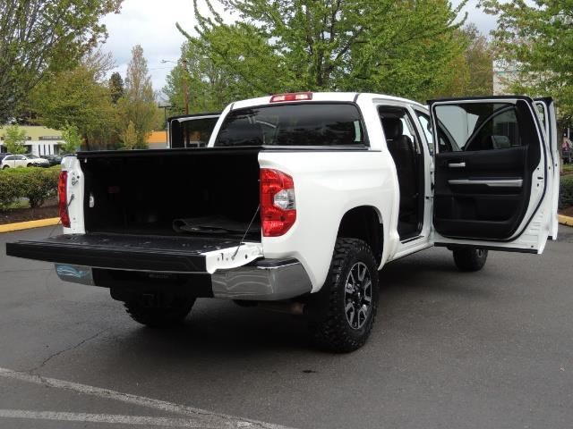 2014 Toyota Tundra SR5 / CrewMax / 4X4 / 5.7L / LEATHER / 1-Owner - Photo 29 - Portland, OR 97217