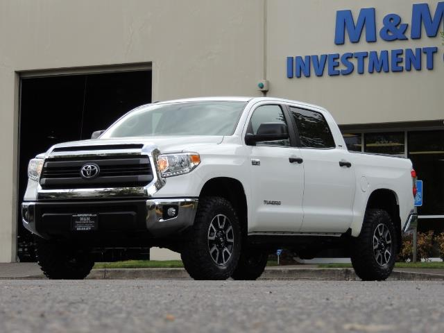 2014 Toyota Tundra SR5 / CrewMax / 4X4 / 5.7L / LEATHER / 1-Owner - Photo 49 - Portland, OR 97217