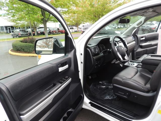 2014 Toyota Tundra SR5 / CrewMax / 4X4 / 5.7L / LEATHER / 1-Owner - Photo 13 - Portland, OR 97217