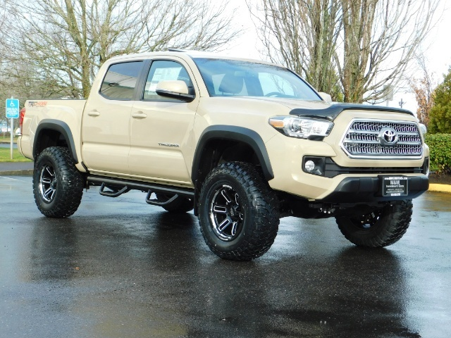 2017 Toyota Tacoma TRD Off-Road Sport / ONLY 42 MILES / 6-SPEED - Photo 2 - Portland, OR 97217