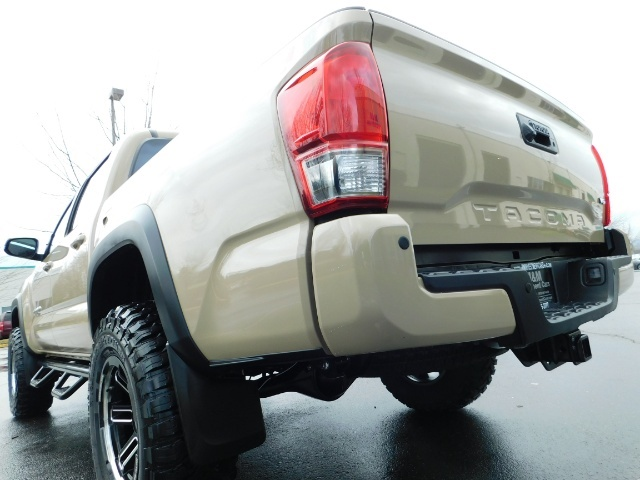 2017 Toyota Tacoma TRD Off-Road Sport / ONLY 42 MILES / 6-SPEED - Photo 11 - Portland, OR 97217