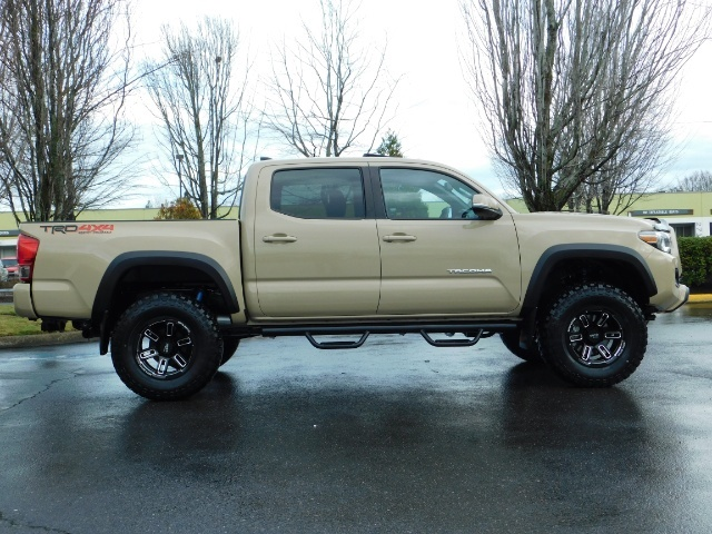 2017 Toyota Tacoma TRD Off-Road Sport / ONLY 42 MILES / 6-SPEED - Photo 4 - Portland, OR 97217