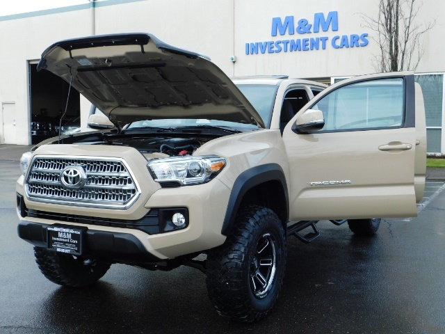 2017 Toyota Tacoma TRD Off-Road Sport / ONLY 42 MILES / 6-SPEED - Photo 34 - Portland, OR 97217