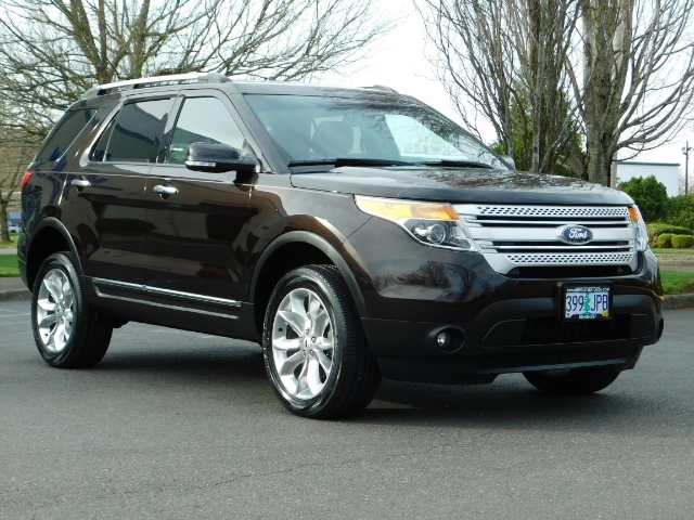 2013 Ford Explorer XLT / AWD / 3rd Seat / Leather/ Sunroof / Htd Seat - Photo 2 - Portland, OR 97217