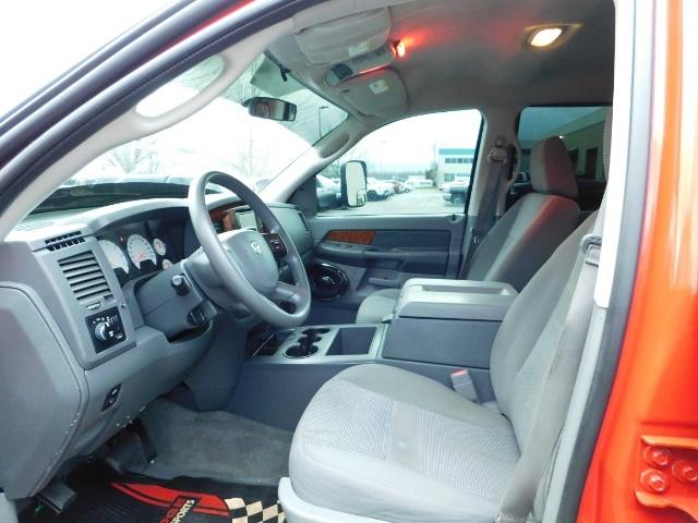 2006 Dodge Ram 1500 SLT SLT 4dr Quad Cab / 4X4 / 5.7L HEMI / Excel Con - Photo 14 - Portland, OR 97217