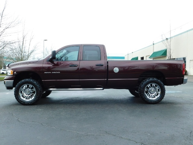 2005 Dodge Ram 2500 SLT 4X4 / Diesel 5.9L Cummins / Nav / 1-OWNER LIFT - Photo 3 - Portland, OR 97217