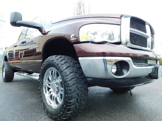 2005 Dodge Ram 2500 SLT 4X4 / Diesel 5.9L Cummins / Nav / 1-OWNER LIFT - Photo 8 - Portland, OR 97217