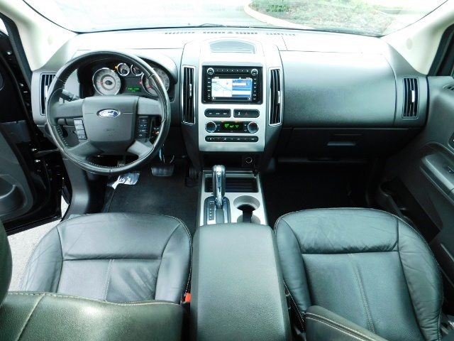 2009 Ford Edge Limited / AWD / NAVi / PANO ROOF / HEATED LEATHER - Photo 18 - Portland, OR 97217