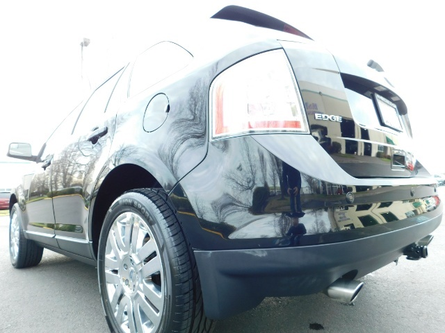 2009 Ford Edge Limited / AWD / NAVi / PANO ROOF / HEATED LEATHER - Photo 10 - Portland, OR 97217