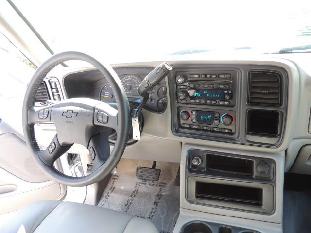 2007 Chevrolet Silverado 2500 LT / 4X4 / 6.6L DURAMAX DIESEL / 1-OWNER - Photo 19 - Portland, OR 97217