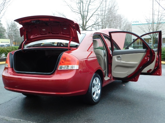 2009 Kia Spectra EX / Sedan / Auto / Sunroof / Spoiler / 1-OWNER - Photo 30 - Portland, OR 97217