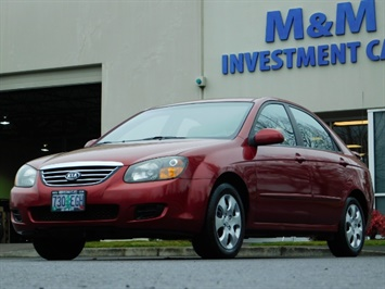 2009 Kia Spectra EX / Sedan / Auto / Sunroof / Spoiler / 1-OWNER Sedan