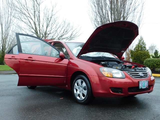 2009 Kia Spectra EX / Sedan / Auto / Sunroof / Spoiler / 1-OWNER - Photo 32 - Portland, OR 97217