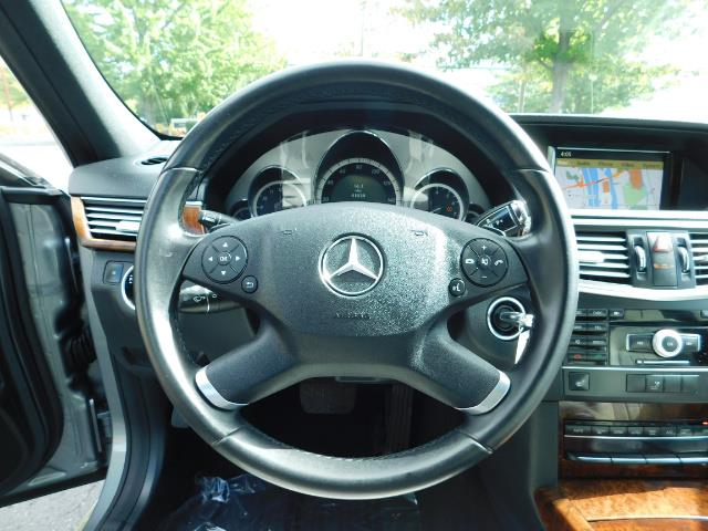 2011 Mercedes-Benz E 350 Luxury 4MATIC / Sport Wagon / REAR SEAT - Photo 39 - Portland, OR 97217