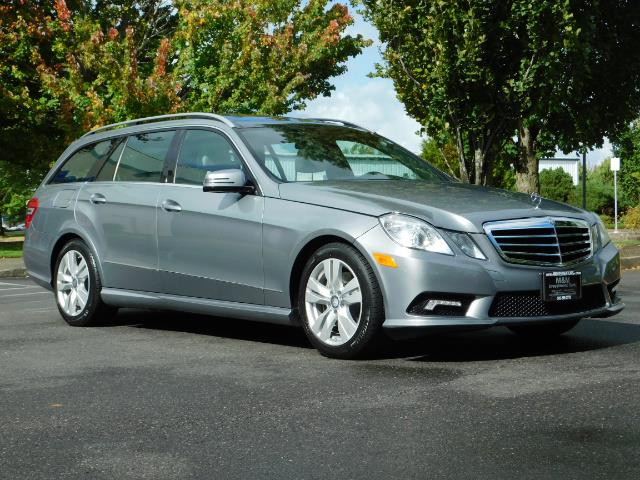 2011 Mercedes-Benz E 350 Luxury 4MATIC / Sport Wagon / REAR SEAT - Photo 2 - Portland, OR 97217