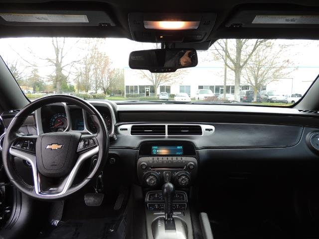2012 Chevrolet Camaro SS / RS Package / Leather / Sunroof /Backup camera - Photo 37 - Portland, OR 97217