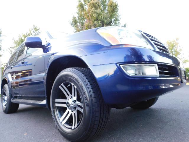 2006 Lexus GX 470 4dr SUV / 4WD / 3Rd Seat / Excel Cond - Photo 10 - Portland, OR 97217