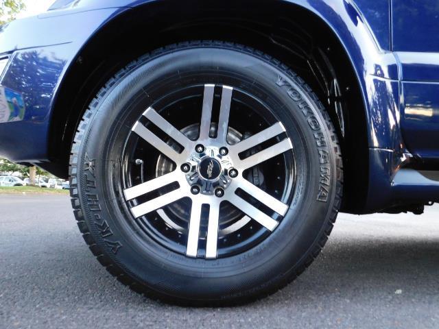2006 Lexus GX 470 4dr SUV / 4WD / 3Rd Seat / Excel Cond - Photo 23 - Portland, OR 97217