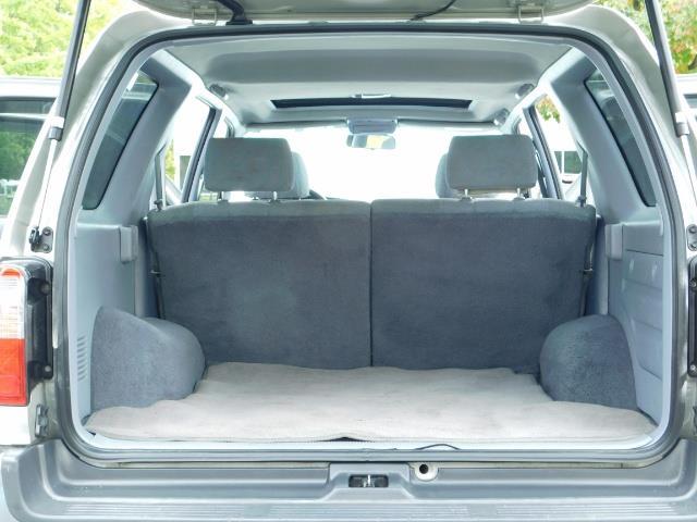 2000 Toyota 4Runner SR5 / 4WD / V6 3.4 L / Luggage Rack / LIFTED !! - Photo 16 - Portland, OR 97217