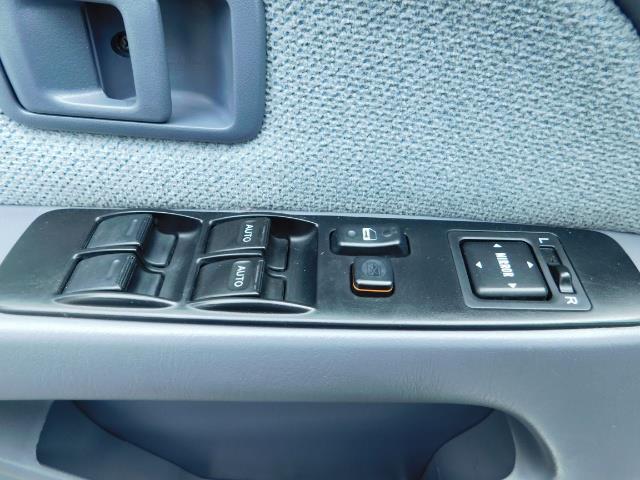 2000 Toyota 4Runner SR5 / 4WD / V6 3.4 L / Luggage Rack / LIFTED !! - Photo 31 - Portland, OR 97217