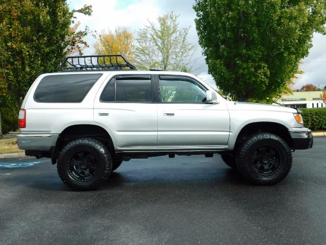 2000 Toyota 4Runner SR5 / 4WD / V6 3.4 L / Luggage Rack / LIFTED !! - Photo 4 - Portland, OR 97217