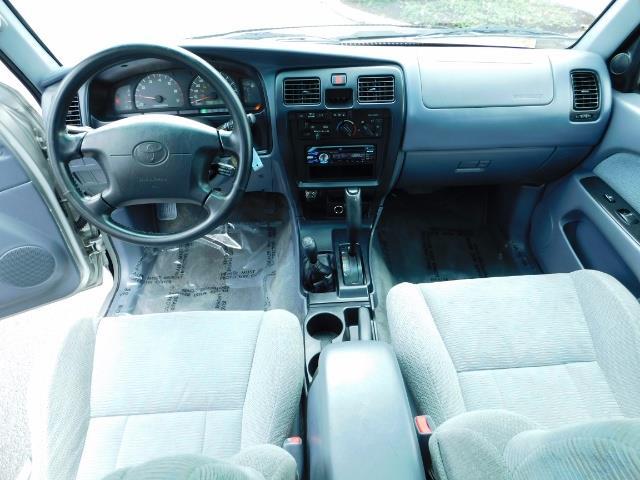 2000 Toyota 4Runner SR5 / 4WD / V6 3.4 L / Luggage Rack / LIFTED !! - Photo 19 - Portland, OR 97217