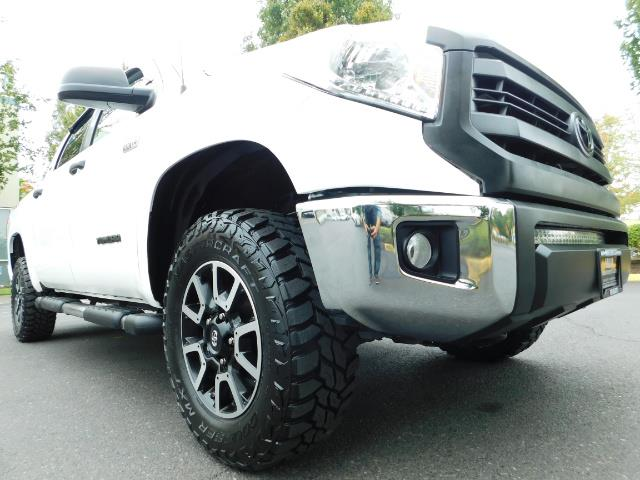 2015 Toyota Tundra SR5 / Crew Max / TRD OFF RD / 4X4 / Excel Cond - Photo 10 - Portland, OR 97217