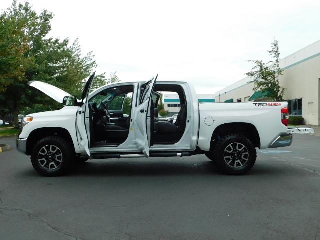 2015 Toyota Tundra SR5 / Crew Max / TRD OFF RD / 4X4 / Excel Cond - Photo 26 - Portland, OR 97217