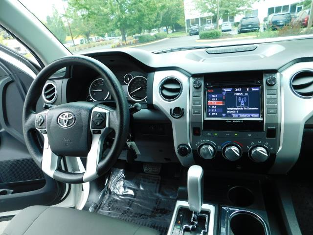 2015 Toyota Tundra SR5 / Crew Max / TRD OFF RD / 4X4 / Excel Cond - Photo 29 - Portland, OR 97217