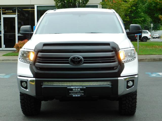 2015 Toyota Tundra SR5 / Crew Max / TRD OFF RD / 4X4 / Excel Cond - Photo 5 - Portland, OR 97217