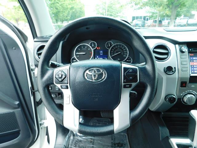 2015 Toyota Tundra SR5 / Crew Max / TRD OFF RD / 4X4 / Excel Cond - Photo 38 - Portland, OR 97217