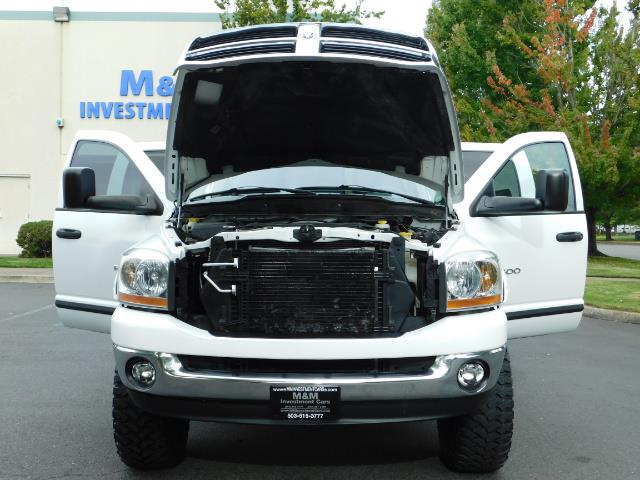 "2006 Dodge Ram 2500 Laramie 5.9L Quad Cab 4WD LIFTED / 35 ""MUD LOWMILES - Photo 30 - Portland, OR 97217"