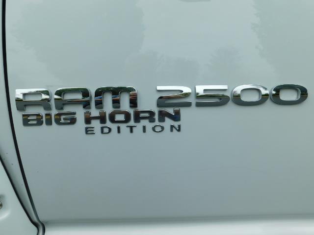 "2006 Dodge Ram 2500 Laramie 5.9L Quad Cab 4WD LIFTED / 35 ""MUD LOWMILES - Photo 47 - Portland, OR 97217"