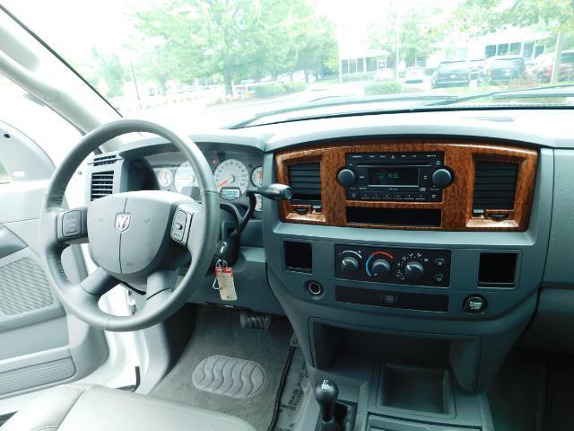 "2006 Dodge Ram 2500 Laramie 5.9L Quad Cab 4WD LIFTED / 35 ""MUD LOWMILES - Photo 35 - Portland, OR 97217"
