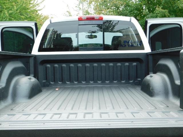 "2006 Dodge Ram 2500 Laramie 5.9L Quad Cab 4WD LIFTED / 35 ""MUD LOWMILES - Photo 11 - Portland, OR 97217"