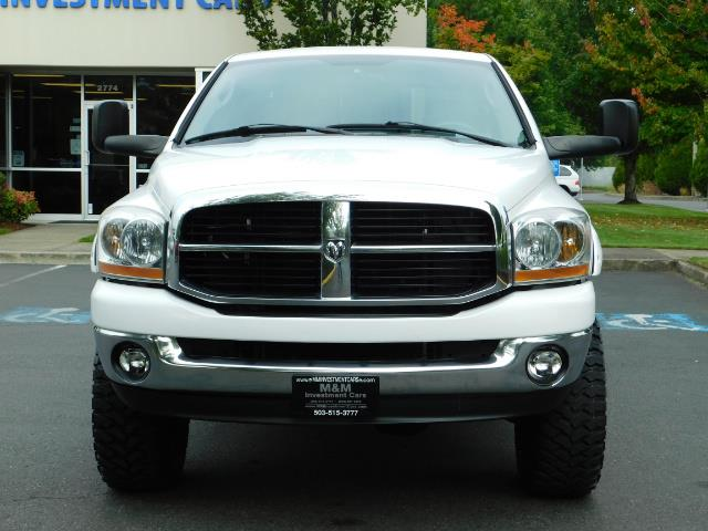 "2006 Dodge Ram 2500 Laramie 5.9L Quad Cab 4WD LIFTED / 35 ""MUD LOWMILES - Photo 5 - Portland, OR 97217"