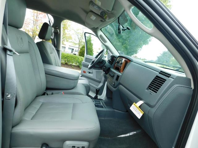 "2006 Dodge Ram 2500 Laramie 5.9L Quad Cab 4WD LIFTED / 35 ""MUD LOWMILES - Photo 17 - Portland, OR 97217"