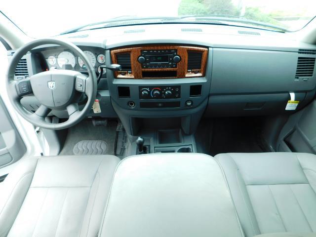 "2006 Dodge Ram 2500 Laramie 5.9L Quad Cab 4WD LIFTED / 35 ""MUD LOWMILES - Photo 12 - Portland, OR 97217"