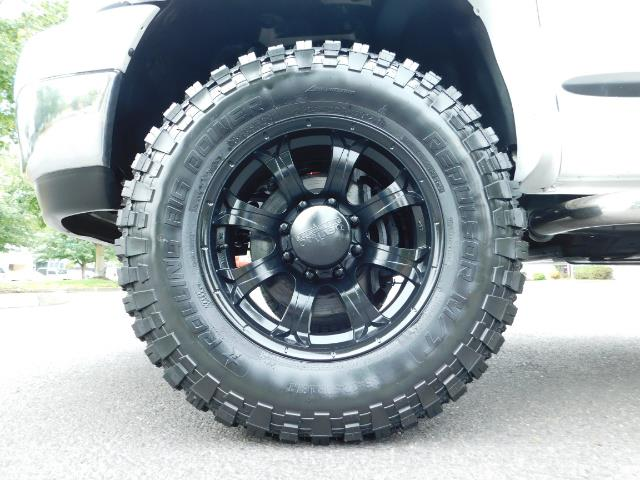 "2006 Dodge Ram 2500 Laramie 5.9L Quad Cab 4WD LIFTED / 35 ""MUD LOWMILES - Photo 20 - Portland, OR 97217"