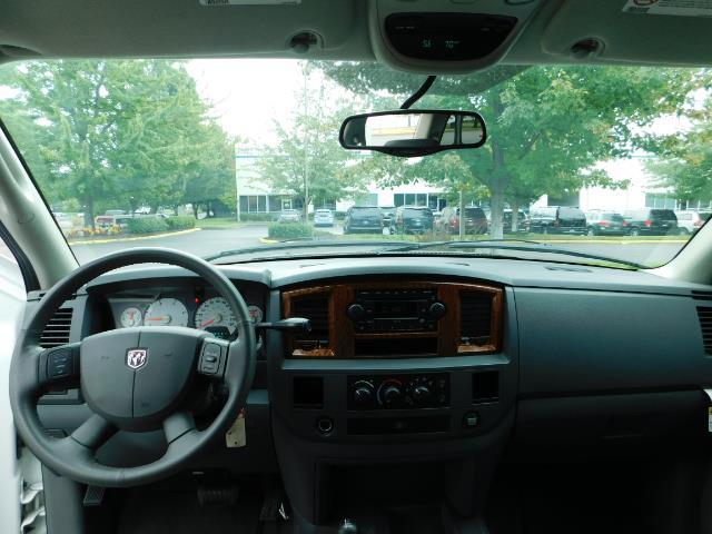"2006 Dodge Ram 2500 Laramie 5.9L Quad Cab 4WD LIFTED / 35 ""MUD LOWMILES - Photo 33 - Portland, OR 97217"