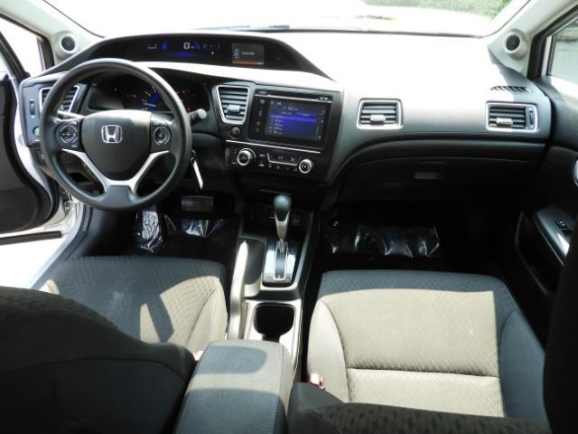 2015 Honda Civic SE / Sedan / Backup camera / Spoiler / 1-OWNER - Photo 18 - Portland, OR 97217