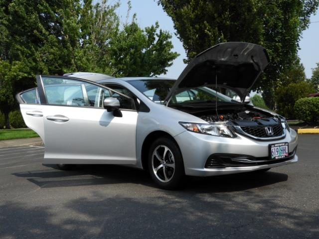 2015 Honda Civic SE / Sedan / Backup camera / Spoiler / 1-OWNER - Photo 31 - Portland, OR 97217