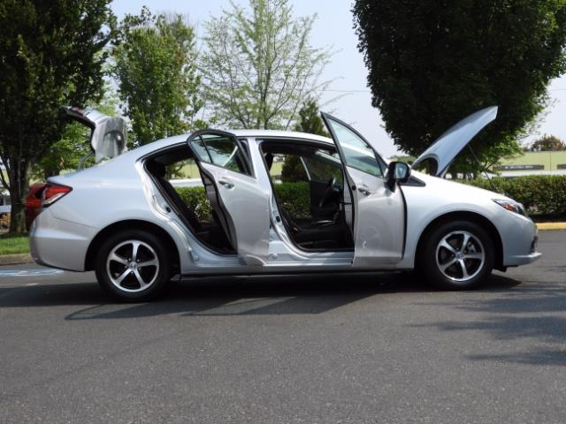 2015 Honda Civic SE / Sedan / Backup camera / Spoiler / 1-OWNER - Photo 30 - Portland, OR 97217